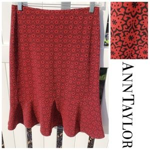 Fit & Flare Flowy Red Black Floral Skirt 6 Petite